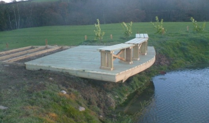 Pond seating platform