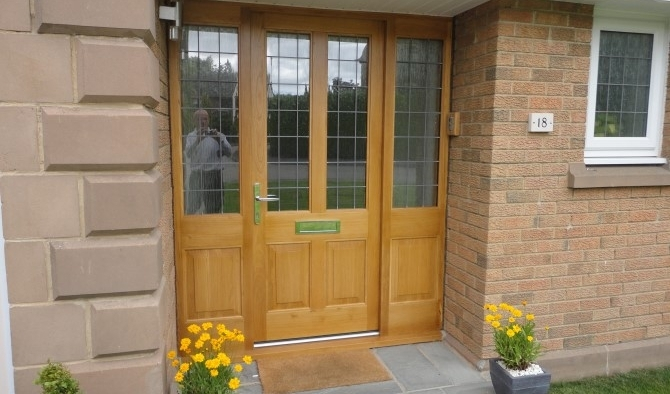 Oak Doors and sidelights